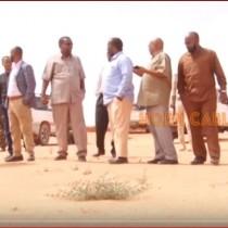 Burco:-Wasiirka Gaadiidka Iyo Horumarinta Jidadka Somaliland Oo Kormeer Ku Tegay Garoonka Diyaaradaha Burco