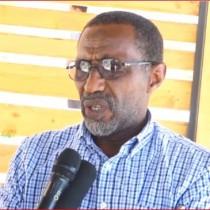 Hargaysa:-Wasiirka Hawlaha Guud Ee Somaliland Oo Maayirada Degmooyinka Ku Eedayay Inay Dhagaha Ka Furaysteen Amar U Faray.