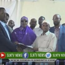 Hargaysa;-Gudoomiyaha Cusub Ee Gudida Qandaraasyada Qaranka Somaliland Oo Xilkii Kala Wareegay Gudoomiyihi Hore