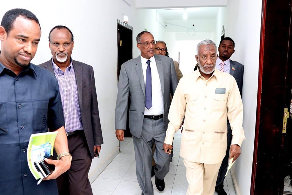 Hargeisa:-War Deg Deg Ah Madaxweynaha Somaliland Oo Hada Kormeer Ku Tagay Qaar Ka Mid Ah Wasarada Dalka.