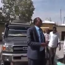 Daawo:Wafti U Hogaaminayo Wasiirka Wasaarada Waxbarashada Somaliland Ayaa Gaadhay Magaalada Berbera Iyo U Jeedka Safarkooda.