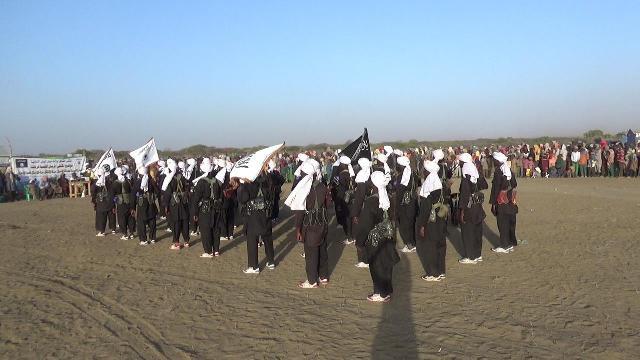 War Deg Deg Ah:Al-Shabaab Oo Ciidamo Wata Dareys Gooni Ah Ku Soo Bandhigay Gobolka Shabeelaha Hoose +Sawirro)
