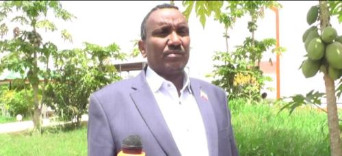 Hargaysa:-Wasiir Ka Mida Wasiirada Xukumada Somaliland Oo Mushaharkiisi Ugu Deeqay Wado Isku Xidhaysa Jabuuti Iyo Awdal.
