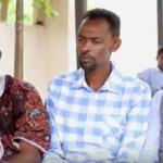 Daawo:Koox faneedka xiddigaha geeska ayaa magaalada Hargeysa ee caasimada Somaliland ku soo dhaweeyay fanaanka Axmed Biif