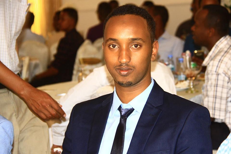Hambalyo Arooski Qarniga Hamse Hirsi Ali iyo Aisha Ismail+SAWIRO