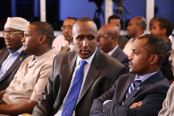 Dhagaysiga Khudbadaha Musharaxiinta u Tartamaya Gudoonka Barlamaanka Somalia oo Muqdisho lagu soo Gaba-gabeeyay.