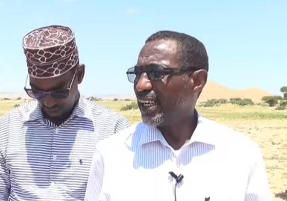 Laascaanood: Daawo:Wasiirka Hawlaha Guud Ee Somaliland Oo Dhul Loogu Tallo Galay Xabaalo Ku Wareejiyey Maamulka Gobolka Sool
