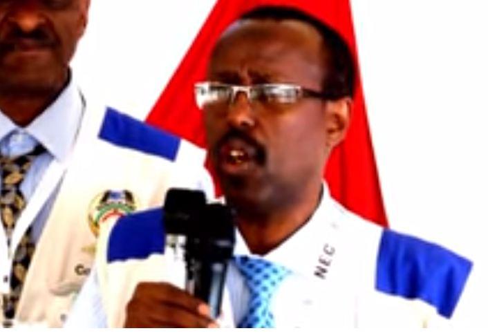 Daawo: Guddomiyaha Komishanka Doorashooyinka Somaliland oo Farriinti u danbaysay Goor dhoweyd u Diray Shacabka Codaynta u Dareeray