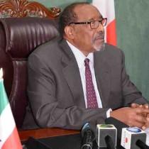 Madaxweynaha Somaliland Md Axmed Silaanyo oo Tacsi uu Diray Eheladi Iyo Qaraabadi Marxuum SuldaanMaxamuud Cabdi Axmed (War-qabe)