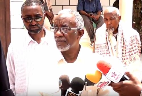Daawo;Wasiirka Arimaha Gudaha Somaliland Oo Ka Hadlay Dhex-Dhexaadin Ay Ka Galeen Khilaaf Ka Taagnaa Xero Dhiigta Burco.