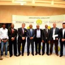 Daawo:Madaxawayne Ku Xigeenka Somaliland Oo Qaabilay Wafti Culus Oo Ka Socda Safaaradda Maraykanku Ku Leeyahay Somaliya.