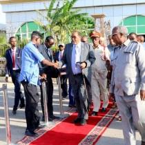 Madaxweynaha Jamhuuriyadda Somaliland, Mudane Axmed Maxamed Silaanyo, oo ay wehelinayaan Marwada Koowaad ee Qaranka, Marwo Aamina-weris Sheekh