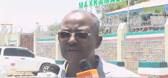 Daawo:-Saxafiga Weyn Maxamuud Cabdi Ducaale Oo Dacwad Ka Dhana Xisbiga WADDANI U Gudbiyey Maxkamada Somaliland