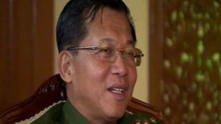 Myanmar: Taliyaha ciidanka oo xiisadda taagan ku eedeeyey Rohingya-ha