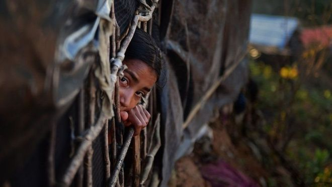 Mareykanka oo kala hadlay Aung San Suu kyi dhibaatada Rohingya
