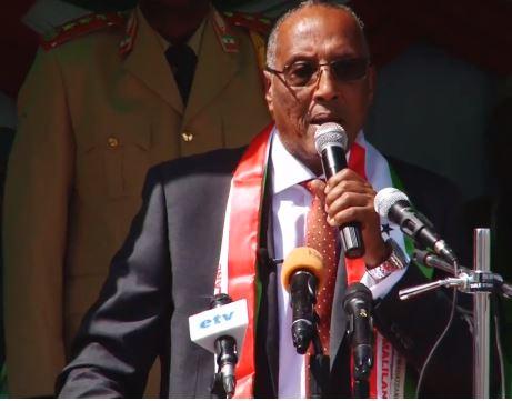 """Hargeisa:-""""Casharkii Afweyne Ayaanu U Dhignay Puntland U Dhigeynaa Hadii Ay Joogsan Waayan""""Madaxweynah Somaliland."""