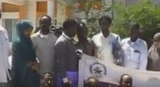 Daawo;Ururka Suxufiyiinta Somaliland ee Solja oo Siminaar boorama ugu Qabtay Wariyayaasha ku Wasaarada Warfaafinta Golbalka Awdal