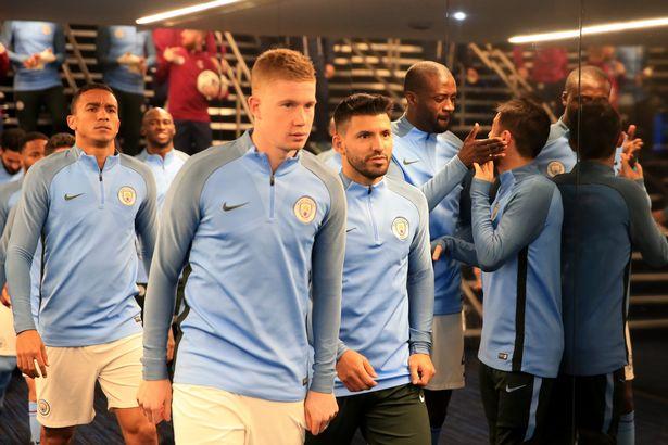 Man United Oo U Diiday Shaqaalaha Duubaya Filimka Taxanaha Ah Ee Man City Inay Gudaha U Galaan Old Trafford Kulanka Manchester Derby