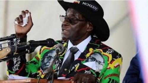 Daawo;Madaxweynaha dalka Zimbabwe Robert Mugabe, ayaa u dabaal degay, dhalashadiisa 93aad, taas oo uu sanadkan ku qabsaday, magaalo madaxda labaad ee dalka Zimbabwe Bulawayo city.