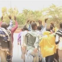 Daawo:Shacabkii Ku Caydhiibay Abaartii Ka Dhacday Gobolada Bariga Somaliland Ayaa Banaan Bax Cabasho Ah Ka Hordhigay Afaafka Hore Xarunta Gobolka Togdheer